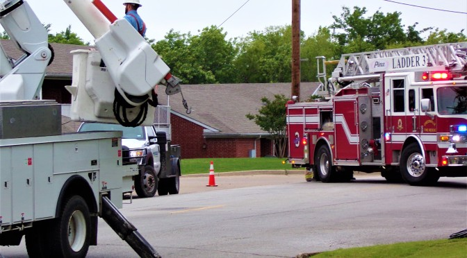 Vehicle Hit A Power pole On Friday Closing Down Sayle Street In Greenville