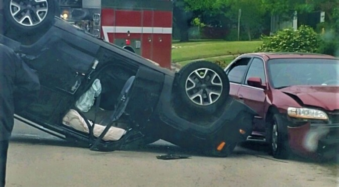Vehicle Rollover On Aldridge Street In Commerce