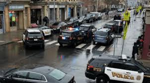 #Breaking Gunman opens fire on police in Jersey City