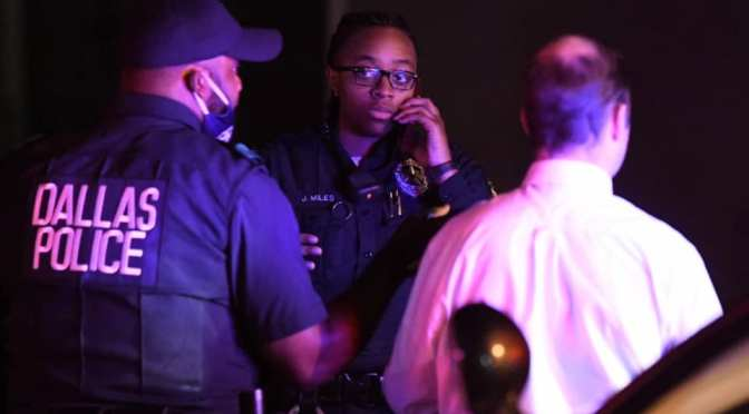 Dallas Police Respond To Shooting Just After 10:00PM In Oak Cliff Area